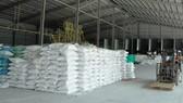 Kiến nghị gỡ khó hạn ngạch xuất khẩu 400.000 tấn gạo tháng 4