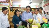 Khai trương điểm bán hàng Việt cố định ở Cần Thơ