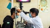 Lần đầu tiên ở ĐBSCL điều trị tật khúc xạ cho nhóm cận thị hiếm gặp