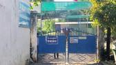 Liên quan vụ nữ sinh nghi tự tử: Tạm đình chỉ hiệu trưởng và hiệu phó Trường THPT Vĩnh Xương