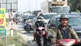 Ùn tắc giao thông kéo dài trên tuyến QL1, đoạn qua tỉnh TIền Giang