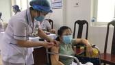 Hàng trăm người khuyết tật ở Cần Thơ được tiêm vaccine Covid-19