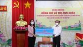 Phó Chủ tịch nước Võ Thị Ánh Xuân biểu dương công tác phòng chống dịch ở Đồng Tháp