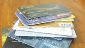 Nguy cơ mất tiền khi mở hộ thẻ ngân hàng