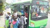 TPHCM tăng cường xe buýt phục vụ dịp Tết Dương lịch 2018