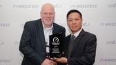Lãnh đạo VinaPhone nhận giải thưởng Speedtest