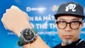 Nhạc sĩ Huy Tuấn đã chọn Garmin MARQ Golfer tại Di Động Việt