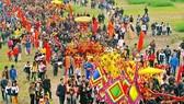 Tái hiện lễ rước kiệu trong lễ hội Tản Viên Sơn Thánh