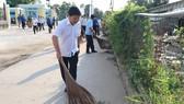 Người dân quận Bình Tân, quận 12 tổng vệ sinh môi trường