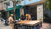 Tập trung xử lý xe tự chế quanh chợ đầu mối Bình Điền và các cửa hàng vật liệu xây dựng