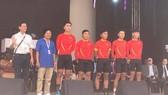 Đội Domesco Đồng Tháp trong buổi gala của giải.
