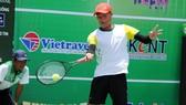 Tay vợt Phạm Minh Tuấn gặt hái thành công cùng TPHCM.