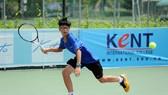 Tay vợt trẻ nhiều triển vọng Nguyễn Hiếu Minh.