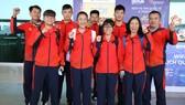 Đội tuyển trẻ quần vợt Việt Nam.