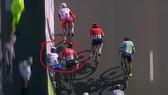 Hình ảnh Jake Stewart bị ép xe từ flycam
