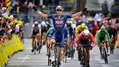 Mark Cavendish thắng chặng 4