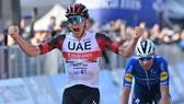 Tadej Pogacar chiến thắng Il Lombardia 2021