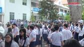 Cháy ở trường THPT Lê Quý Đôn, cô trò hốt hoảng