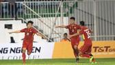 Đội U19 Việt Nam có chiến thắng dễ dàng trước Thái Lan. Ảnh: MINH TRẦN