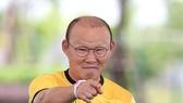 Ông Park Hang-seo cần sự trợ giúp từ truyền thông để tránh lộ thông tin. Ảnh: MINH HOÀNG