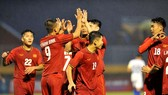 Việt Nam sớm vào chung kết sau 2 trận thắng. Ảnh: NGUYỄN NHÂN