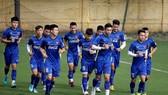 Đội tuyển Việt Nam trong buổi tập ngày 21-12. Ảnh: MINH HOÀNG