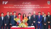 Bà Phan Thu Hương, Tổng giám đốc PVF và Bà Sabrina Buljubasic, Tổng Giám đốc CLB bóng đá FK Sarajevo Ký kết hợp tác phát triển toàn diện giữa PVF và FK Sarajevo