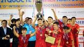 Đội U21 Việt Nam bảo vệ thành công ngôi vô địch