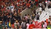 Cả hai đội Indonesia và Malaysia cùng bị phạt nguội từ FIFA