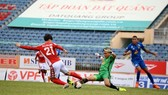 Công Phượng cùng các đồng đội hướng đến trận thắng thứ 2. Ảnh: HCMCFC