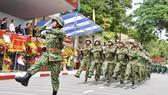 Trung đoàn Gia Định đón nhận Huân chương bảo vệ Tổ quốc Hạng III