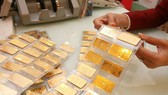 Gold plunges sharply