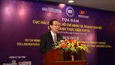 Mr. Le Thanh Liem, Standing Vice Chairman of Ho Chi Minh City, speaks at the opening of the dialogue. (Photo: SGGP)
