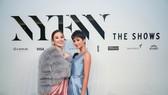 H'Hen Niê tái ngộ đương kim Miss Universe Catriona Gray tại New York Fashion Week