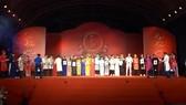 Nghệ sĩ sân khấu TPHCM mừng ngày giỗ tổ