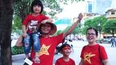 TPHCM hừng hực khí thế đón chờ trận đấu Việt Nam - Thái Lan