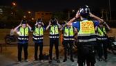 Thán phục biệt đội cứu hộ miễn phí xuyên đêm ở TPHCM