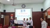 Quang cảnh buổi lễ tiếp nhận tài trợ thiết bị y tế