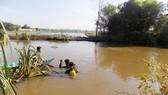 Lực lượng Cảnh sát PCCC cứu nạn, cứu hộ tại Kênh T2, xã Tân Phú Trung, huyện Củ Chi