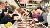 Qua 3 tuyến kiểm dịch, thịt heo mát tái xuất thị trường