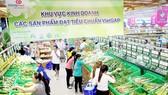 Nguồn thực phẩm vào các siêu thị tại TPHCM được kiểm soát chặt để đảm bảo an toàn cho người tiêu dùng