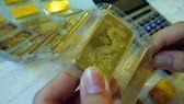 Khoảng cách giữa vàng trong nước và vàng thế giới ngày càng nới rộng.