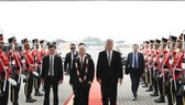 Party General Secretary Nguyen Phu Trong (wearing garland) welcomed at Soekarno-Hatta airport in Jakarta (Photo: VNA)