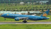 An aircraft of the national flag carrier Vietnam Airlines. (Photo: VNA)