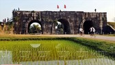 The citadel has four gates placed following the cardinal points. In the photo is the Tien gate, facing south. It consists of three entrances, each is 9.5 m tall and 15.17 m wide. (Photo: VNA)
