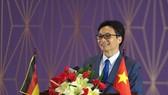 Deputy Prime Minister Vu Duc Dam speaks at the ceremony marking 10-year operation of the Vietnamese-German University (Photo: vgu.edu.vn)