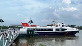 New express boat service linking HCMC and Binh Duong Province is launched.