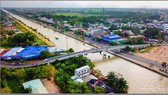 """The complex situated in a central location, near the 40-km Xang Xa No canal that is an important traffic route connecting Mekong Delta provinces and transporting rice in the region is called """"The rice road""""."""
