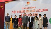 At the launching ceremony for the logo and slogan design contest (Photo: VTV)