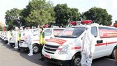 The Ho Chi Minh City High Command on August 23 handed over 30 ambulances from the Ministry of National Defence to support HCM City in the fight against Covid-19.(Photo: VNA)